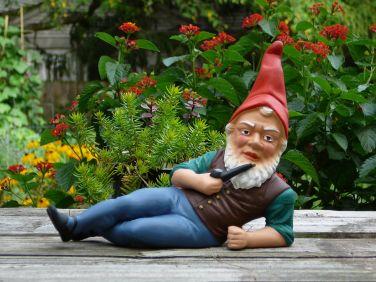 1200px-German_garden_gnome